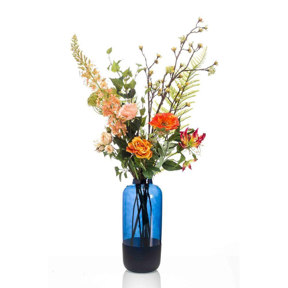 Floral and botanical decor